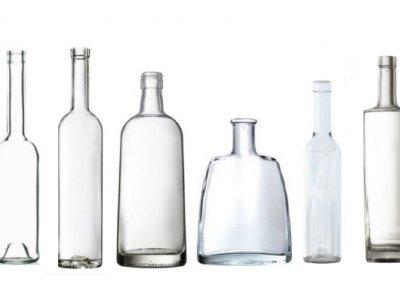 Pálinkás üvegek