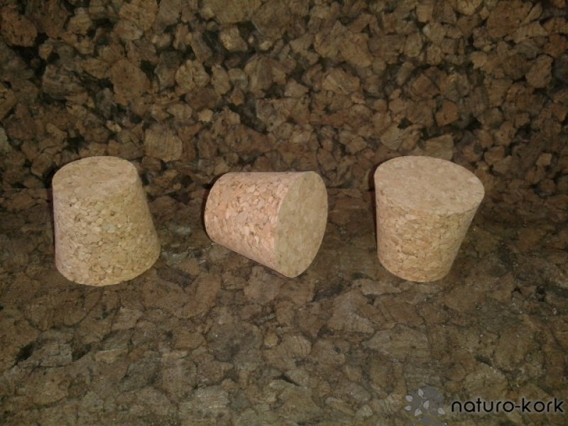 Kónuszos parafa dugó - agglomerált 30x37/27 mm
